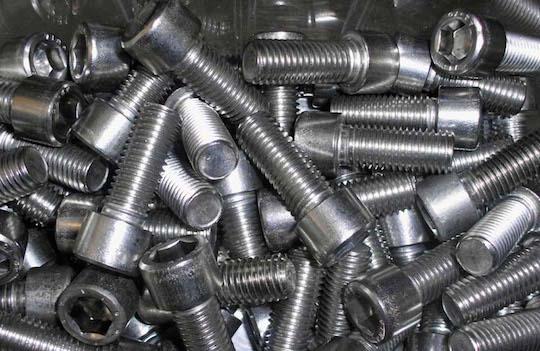 imbus civatalar (16 adet m3x8mm, 24 adet m2,5x6mm)